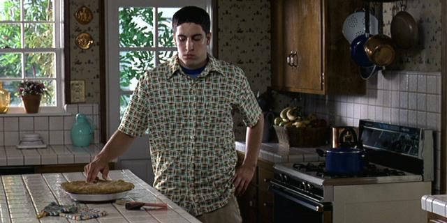 Top 10 Most Memorable Movie Scenes - Heart   American Pie Apple Pie Scene